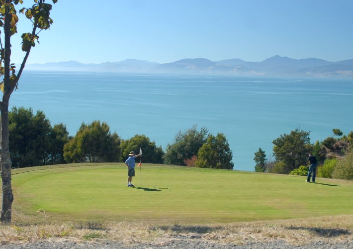 golf-holidays-in-new-zealand