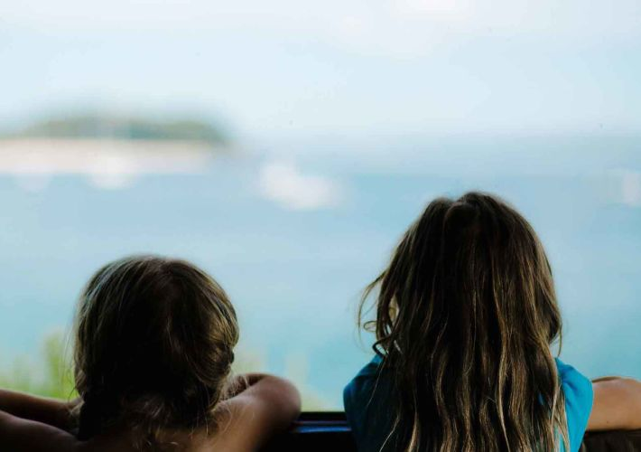 travelling-with-kids-in-school-holidays