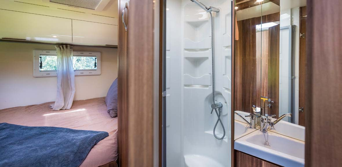 New-Britz-NZ-Encounter-Campervan-Interior-10