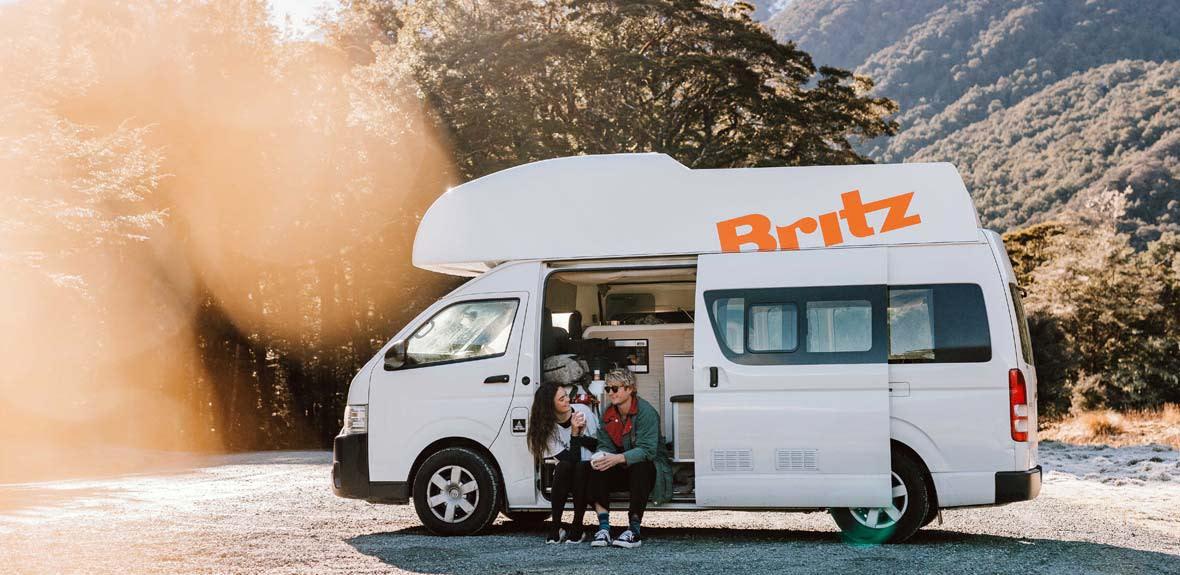 New-Britz-NZ-Voyager-Campervan-Exterior-1