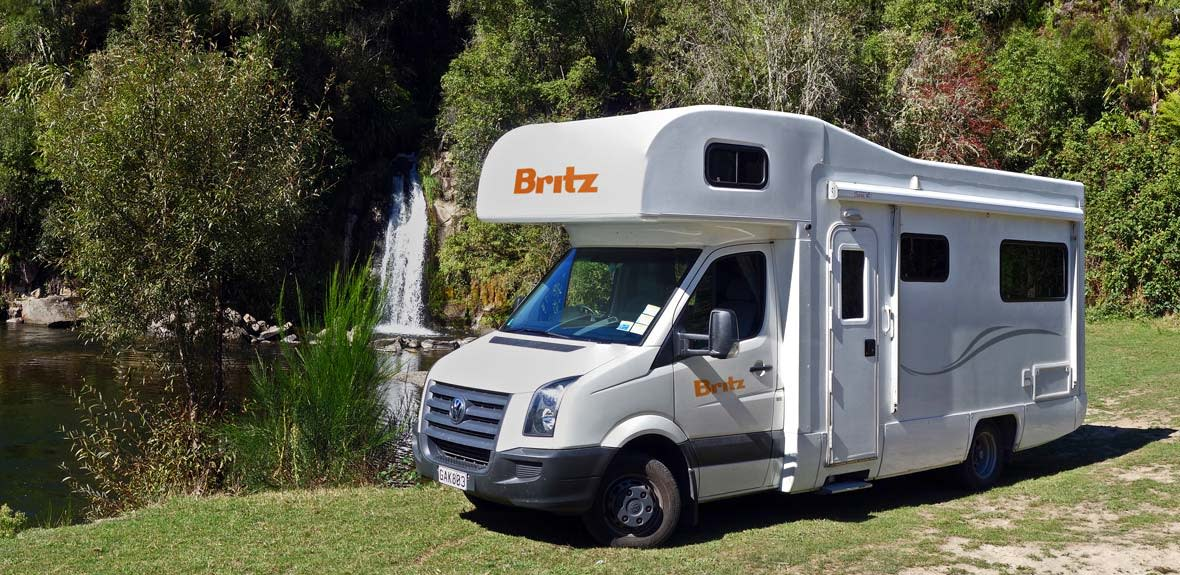 New-Britz-NZ-Explorer-Campervan-Exterior-1