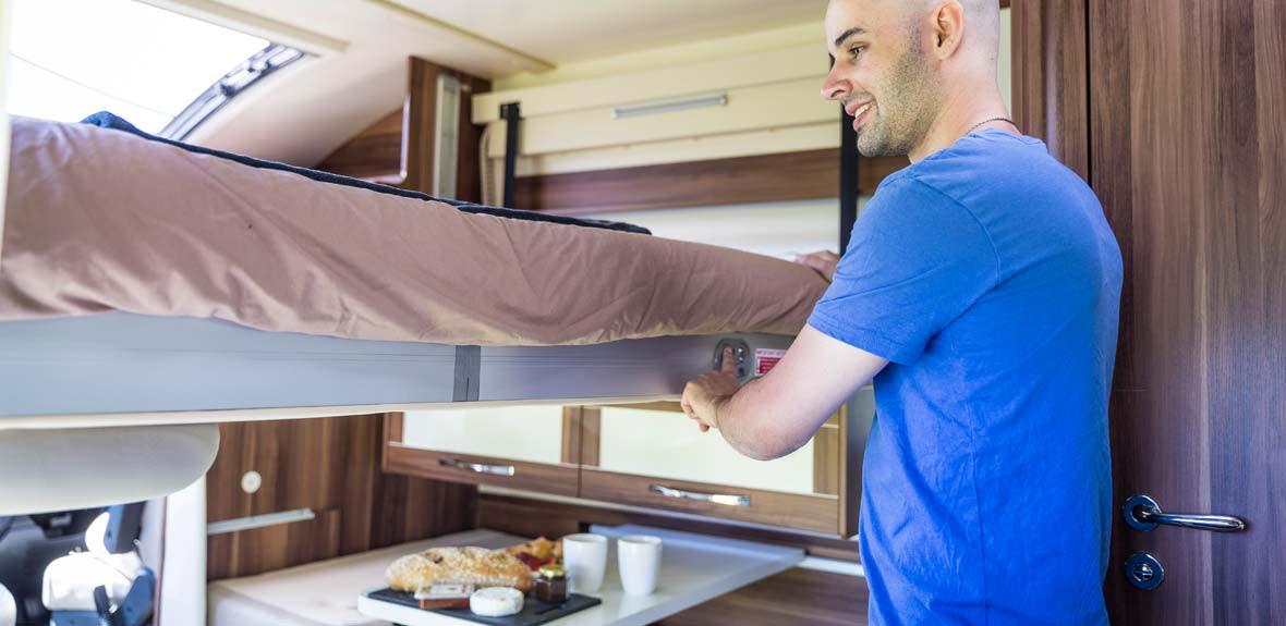 New-Britz-NZ-Cruiser-Campervan-Interior-3