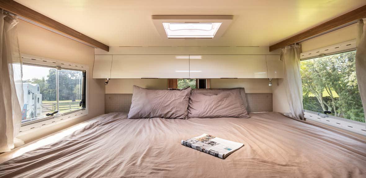 New-Britz-NZ-Cruiser-Campervan-Interior-15