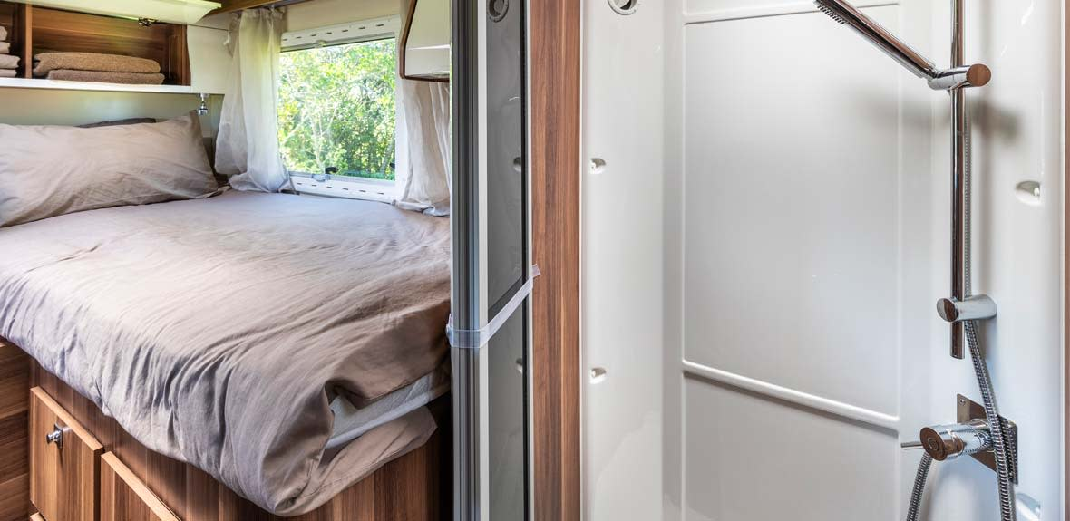 New-Britz-NZ-Cruiser-Campervan-Interior-16