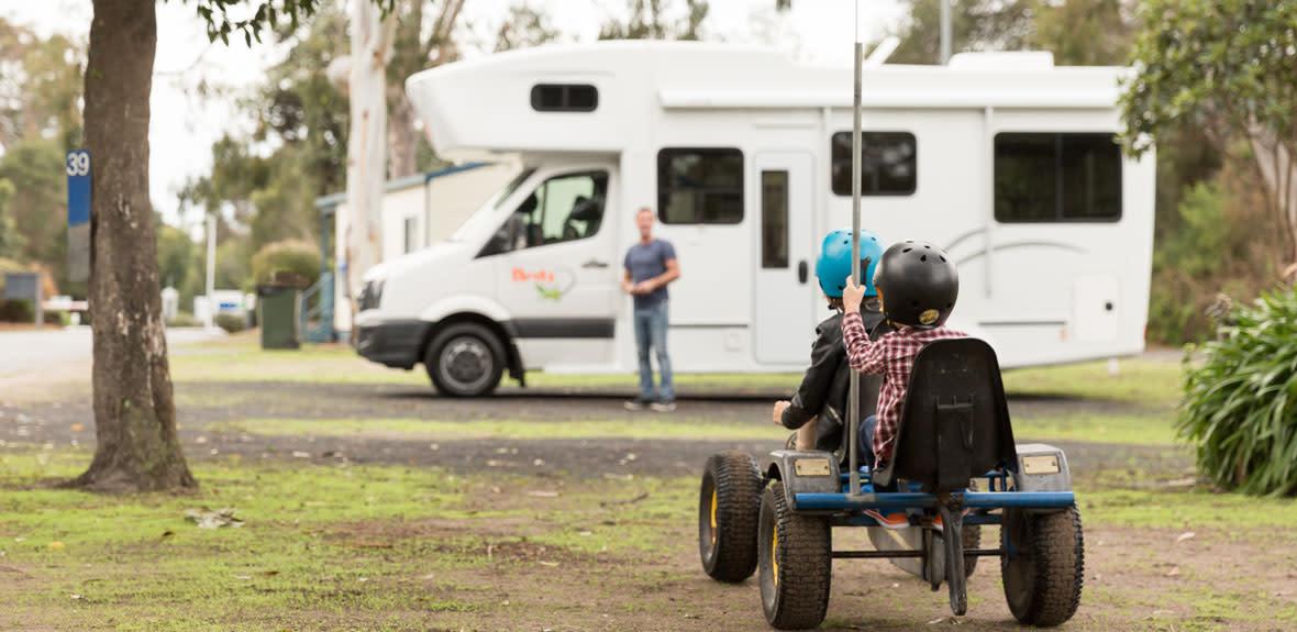 Australian-Explorer-Campervan-Exterior-1-JAB
