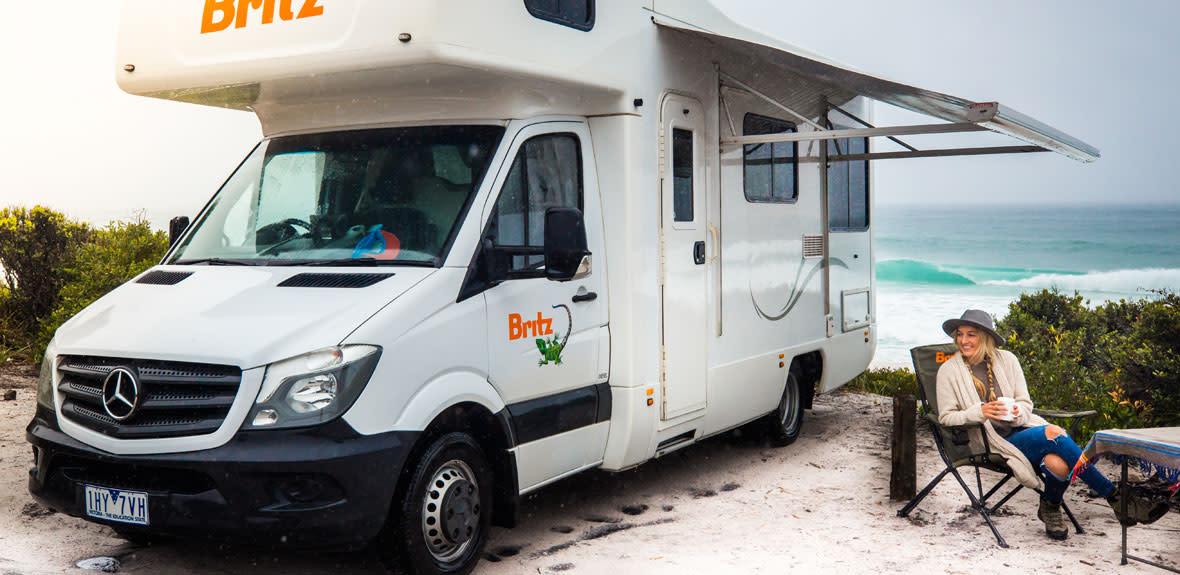 Australian-Frontier-Campervan-Exterior-2-JAB