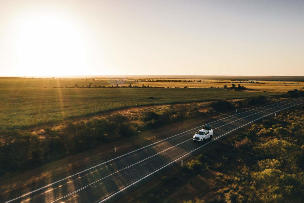 au-4wd-outback-inspirational-road