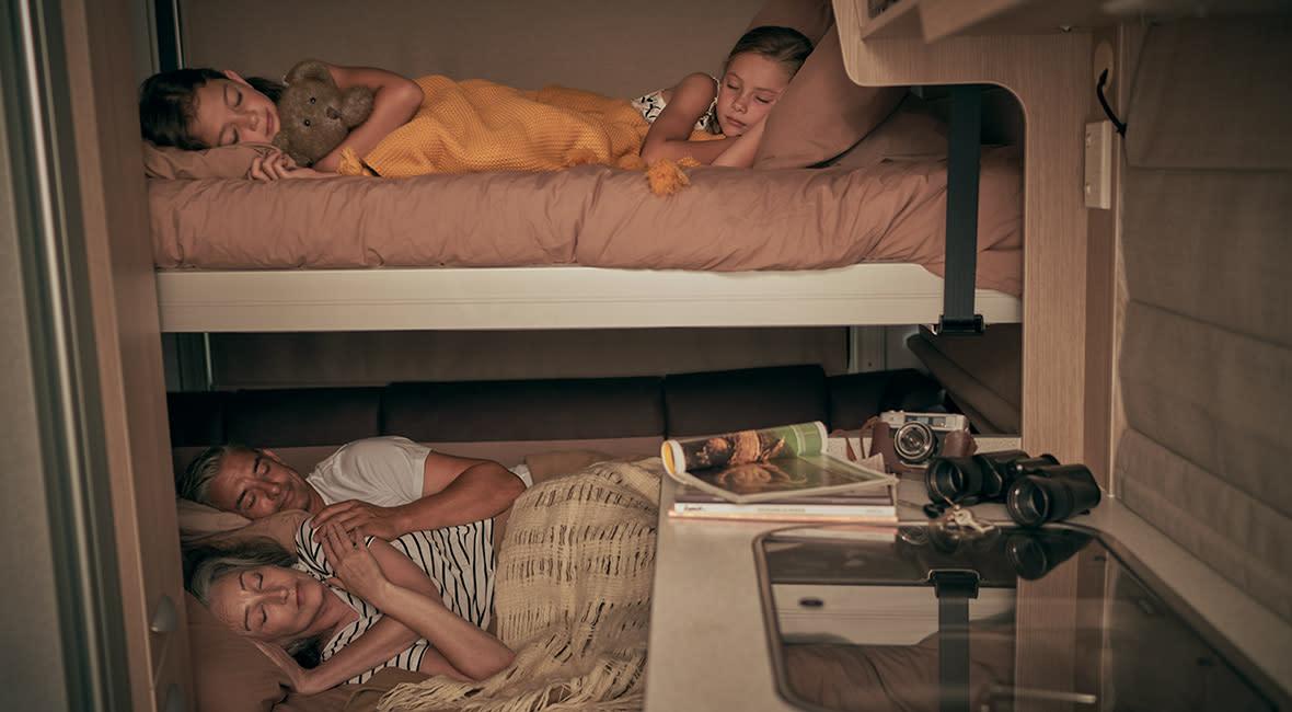 Maui Cascade 4 Berth Motorhome Interior Bed Setup