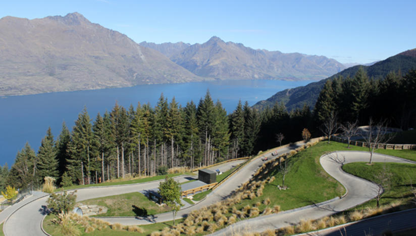 kiwi experience queenstown luge