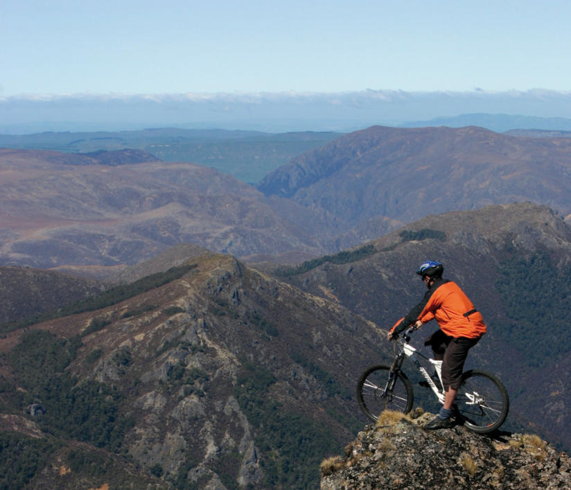 MOUNTAIN BIKING AROUND NEW ZEALAND
