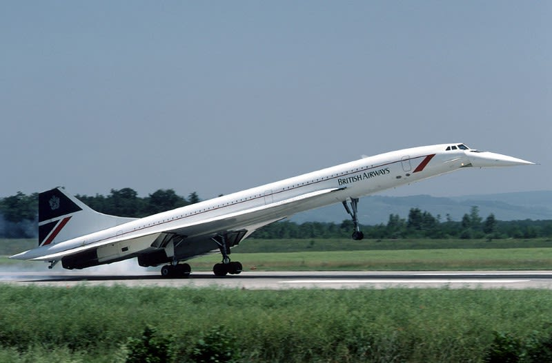 A photo of Concorde landing