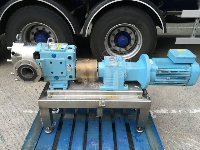 Waukesha Cherry-Burrell Lobe Pump Model 130 U2