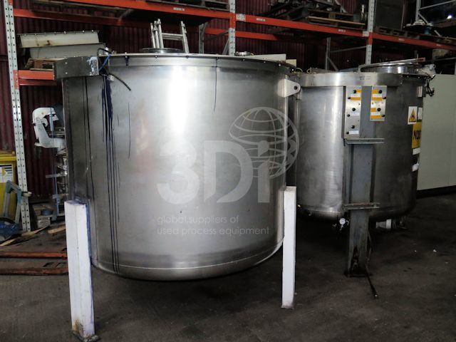 2,400 Litre Stainless Steel Storage Tanks