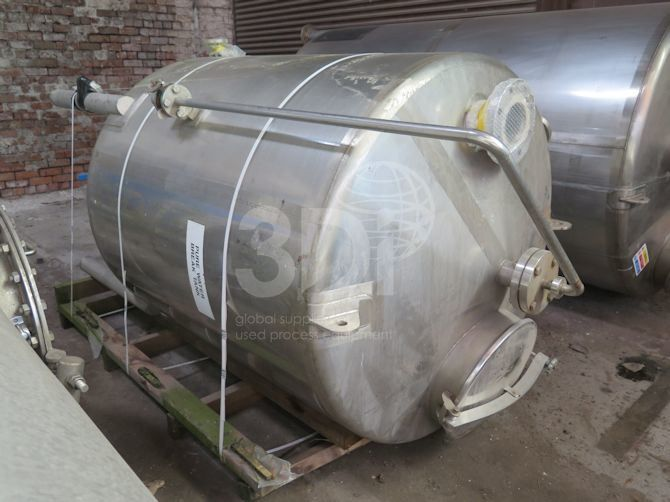 1,800 Litre Stainless Steel Storage Tank