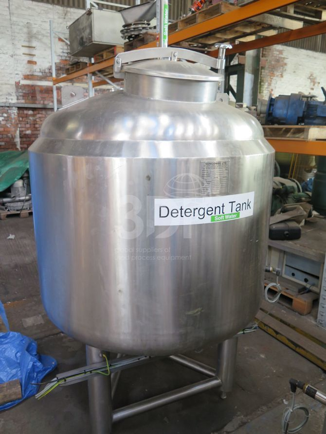 700 Litre Stainless Storage Tank #2290 main image