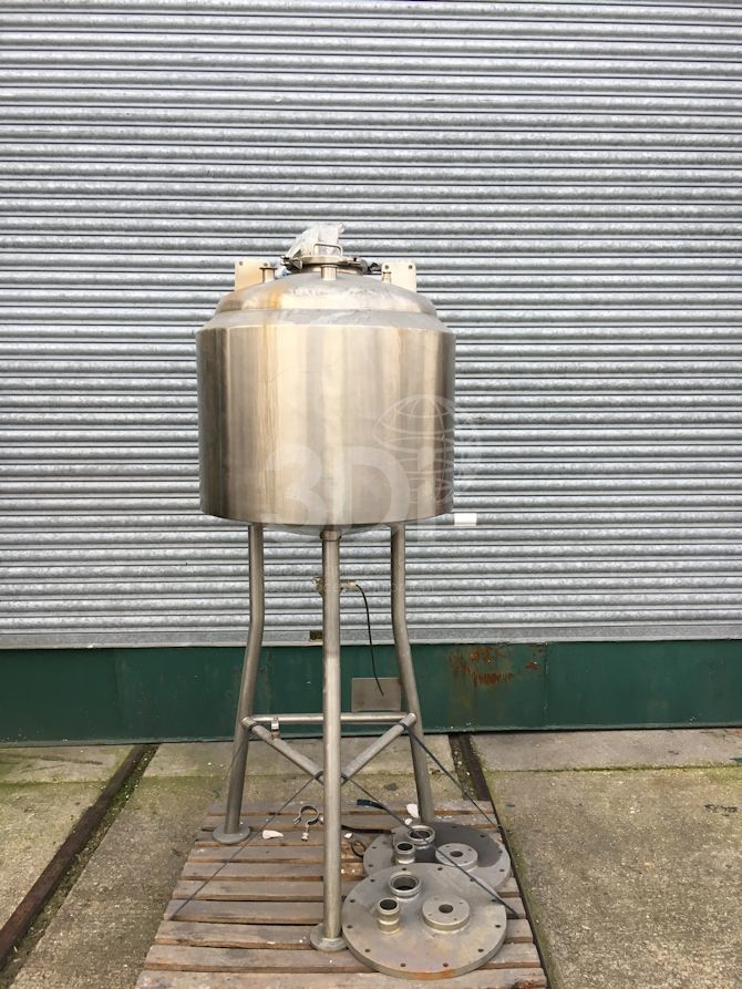 250 Litre Stainless Receiver Vessel #2351 main image