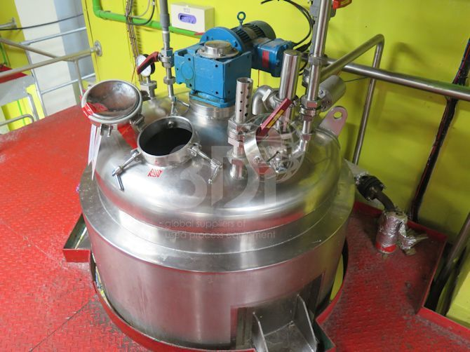 1000 litre jackted stainless mixing vessel main image
