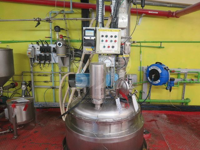 main image of a 1117 litre jacketed mixing vessel