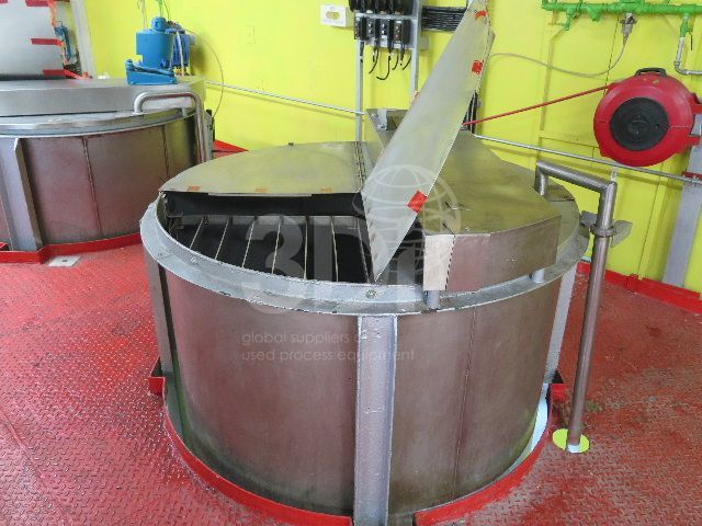 image of 5000 litre stainless holding vessel #2466a