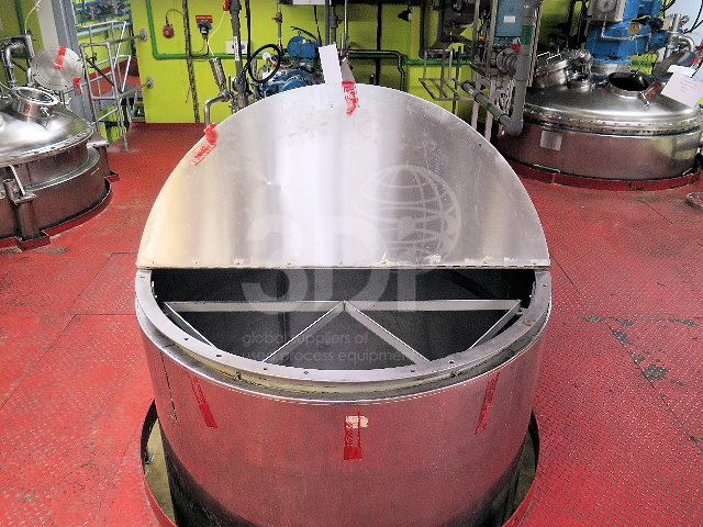 image of 3000 litre stainless storage tank #2472a