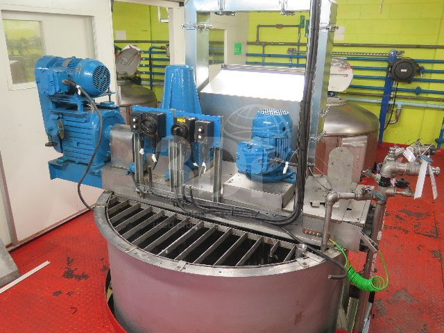 image of 5000 litre jacketed mixing vessel #2481a