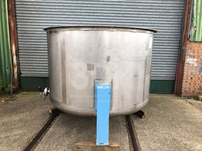 image of 3000 litre stainless storage tank #2190a
