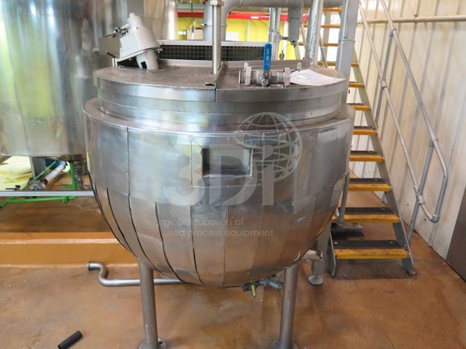 image of 1136 litre giusti jacketed mixing tank #2486e