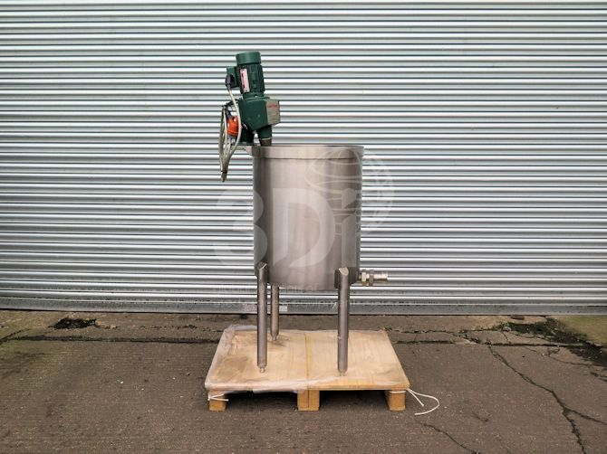 front image of 150 litre stainless mixing vessel #2499a