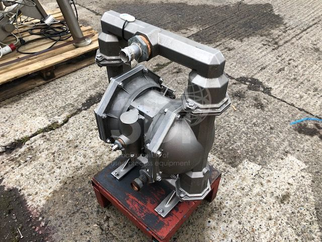 image of aro diaphragm pump pd20sbssstb #2507a