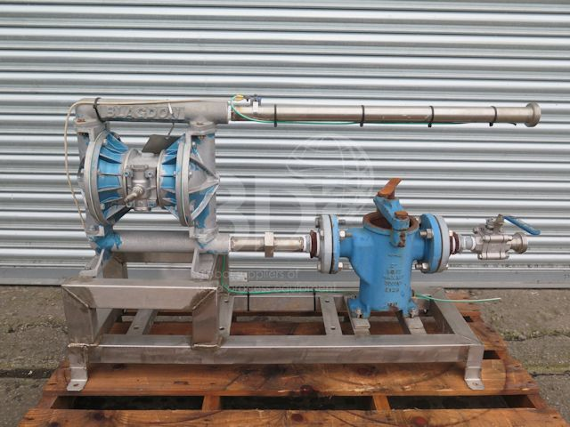 image of blagdon air operated double diaphragm pump x25 stock 2520a