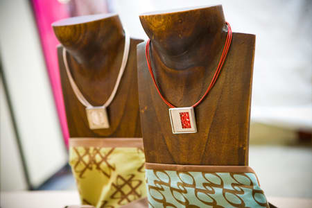 From stones to silver –  jewellery artists showcase their wares at 'Jewel of Canberra'