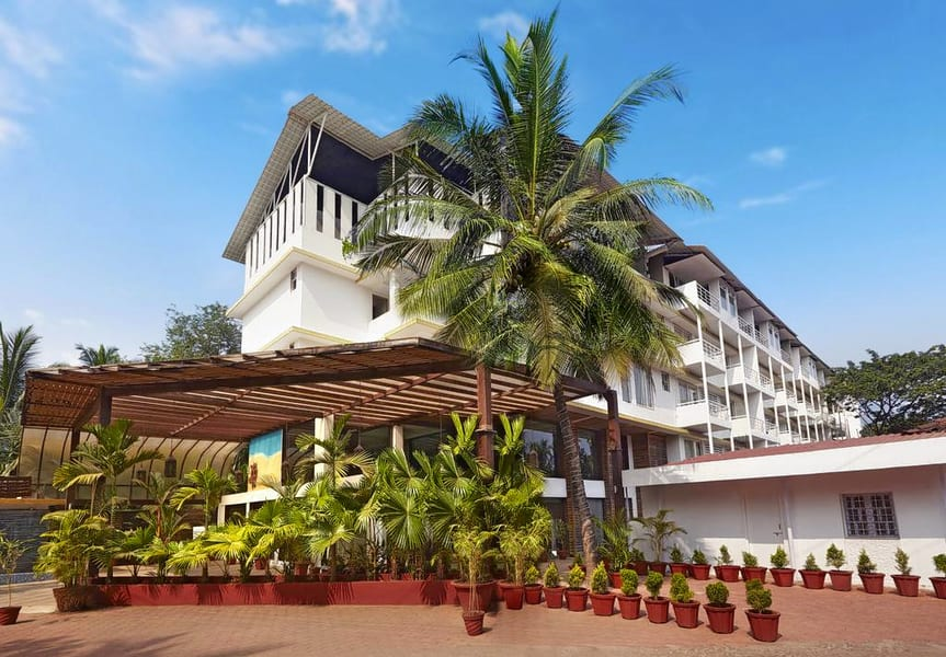 Red Fox Hotel Goa Image