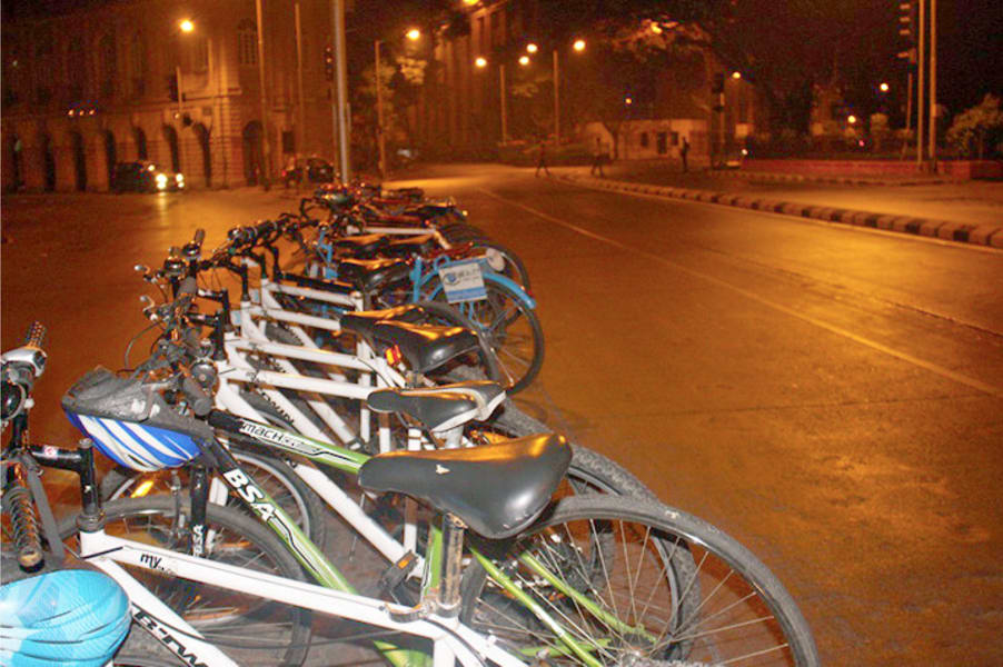 Midnight Cycling Tour Mumbai Image