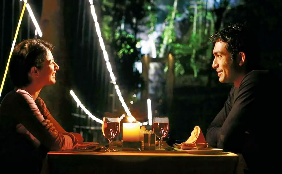 Candle Light Dinner At The Lalit Image