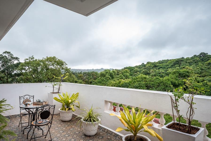 A Luxury Beachside Villa in Candolim Image