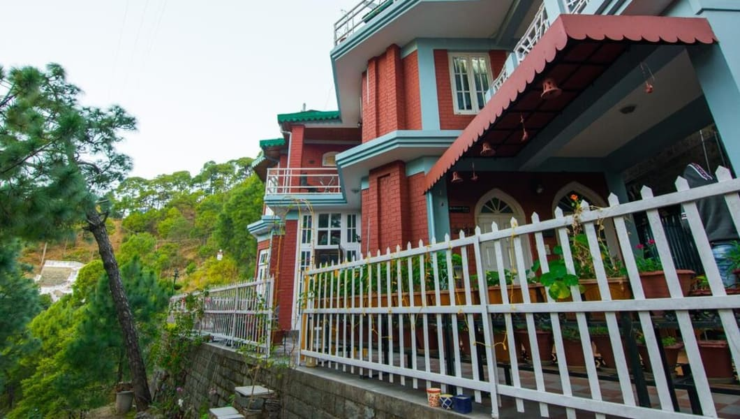 A Picturesque Homestay in the Countryside of Kasauli Image