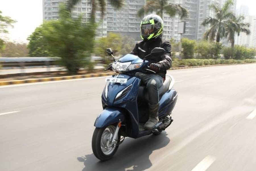 Scooty On Rent In Mumbai Image