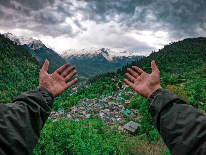Kasol Trip and Trek to Kheerganga from Delhi Image