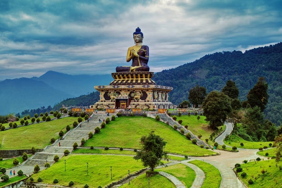 Premium Tour to Gangtok Pelling and Darjeeling Image