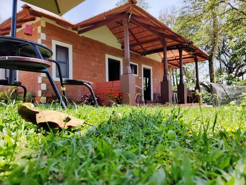 Hilltop Bungalow Stay in Sakleshpur Image