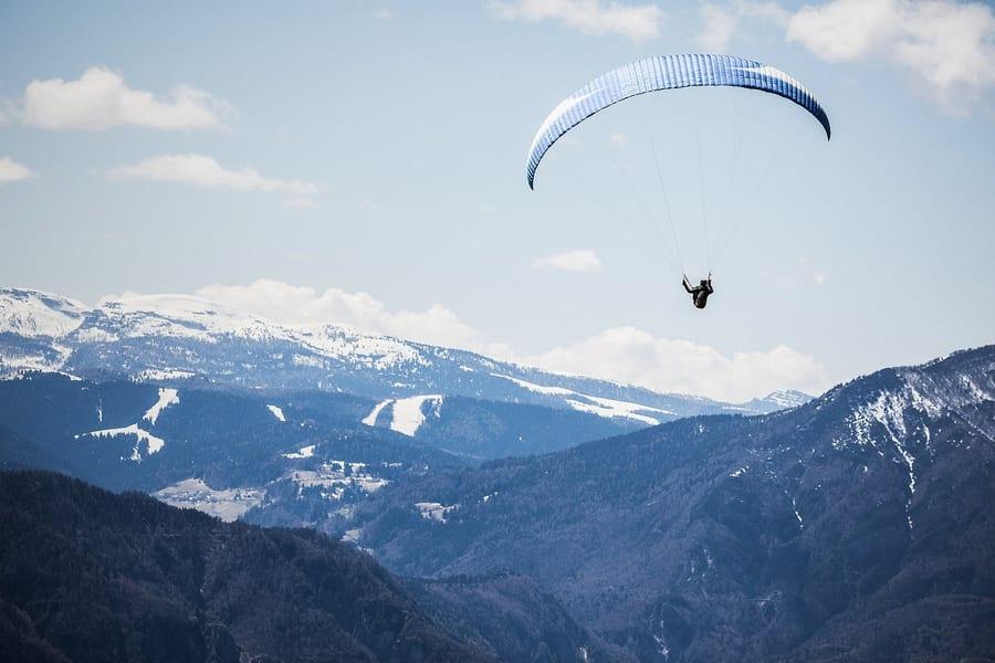 Paragliding in Nainital Image