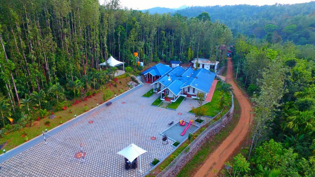 An exclusive stay into the woods near Chikmagalur Image