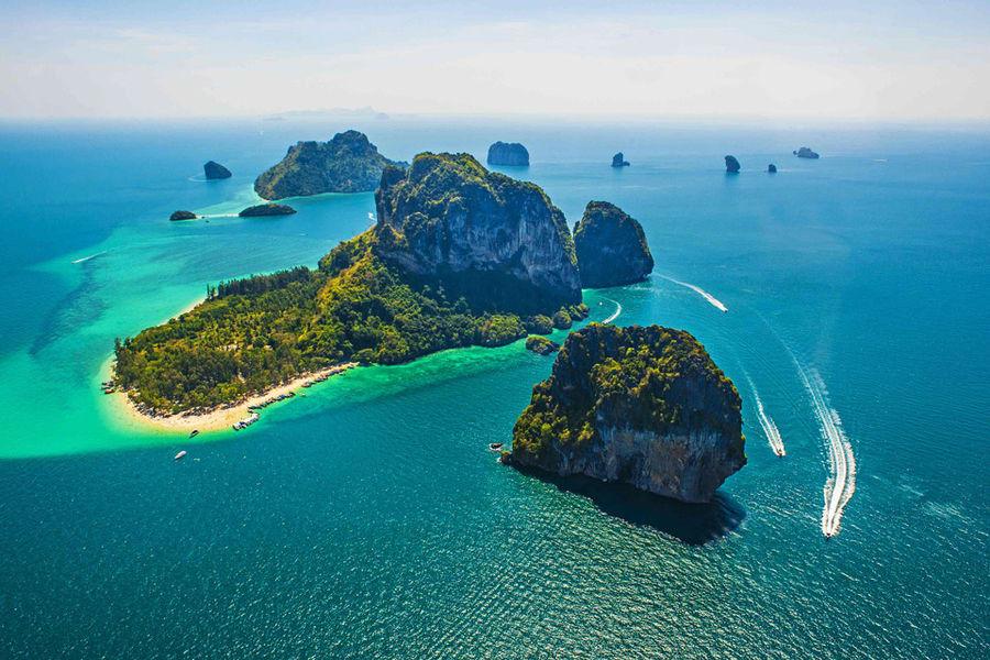 Krabi 4 Islands Tour from Phuket Image