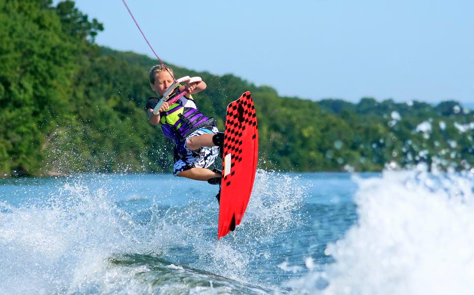Wakeboarding in Bali Image