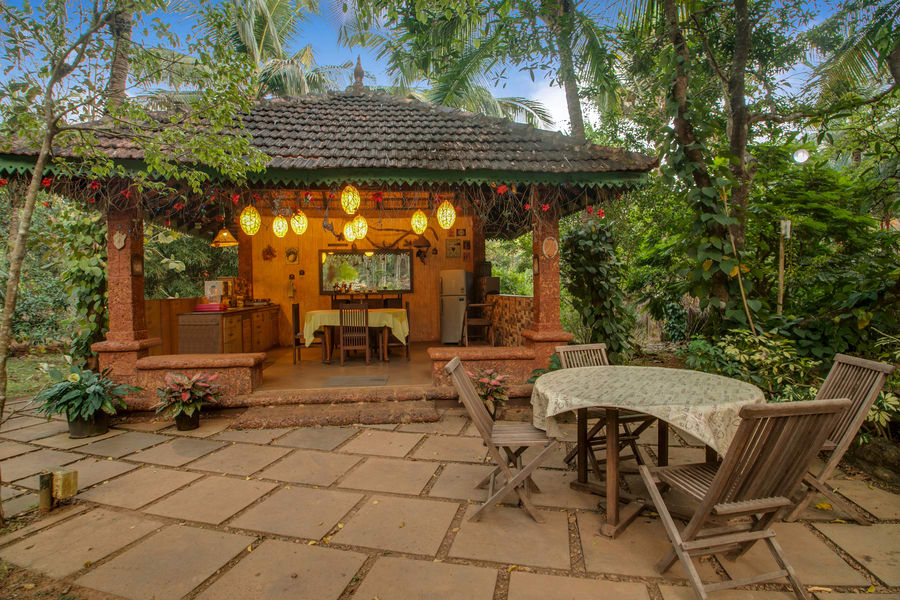 A Luxury Hill Cottage Surrounded With Lush Greens In Goa Image