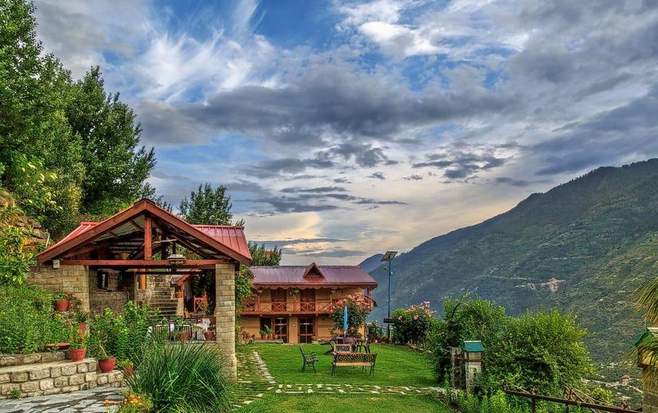 A Quite Hideaway with Valley Views in Kullu Image