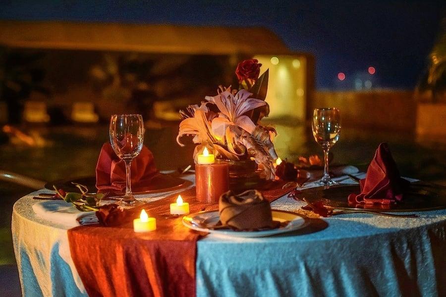 Candle Light Dinner In Delhi Image
