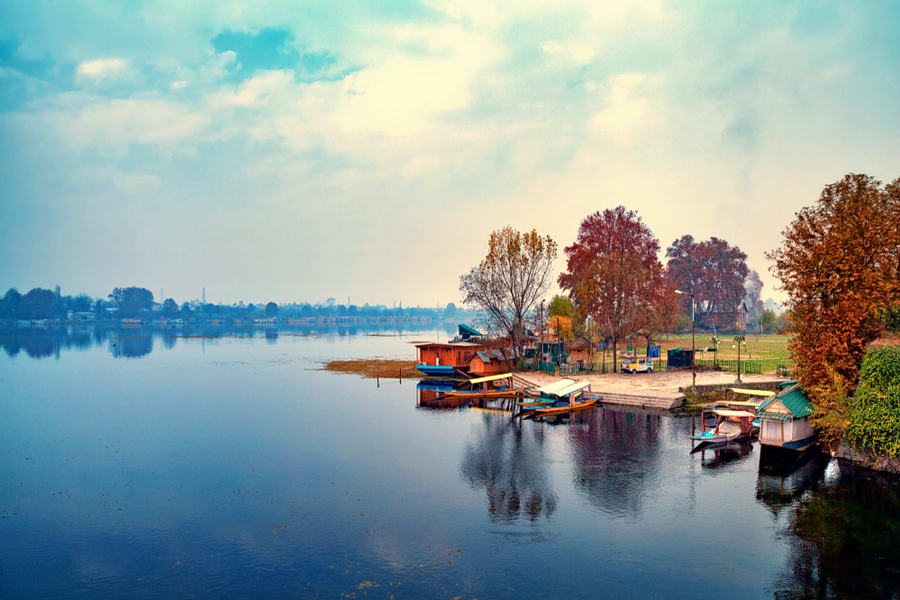 Cheapest Tour Package For Kashmir Image