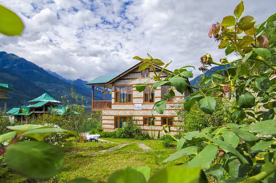 Experiential Chalet Homestay in Manali Image