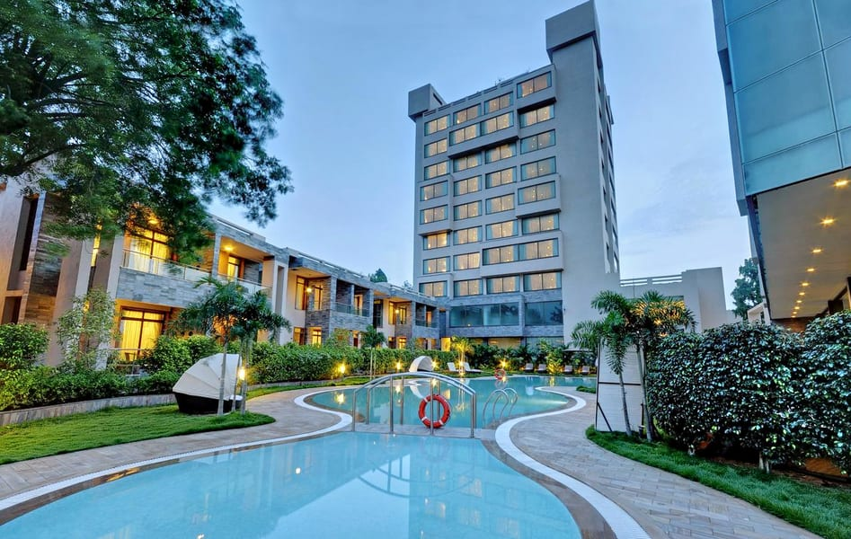 Boulevard 9 Luxury Resort & Spa Image